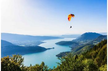 Passer un séjour sportif autour du Lac d'Annecy