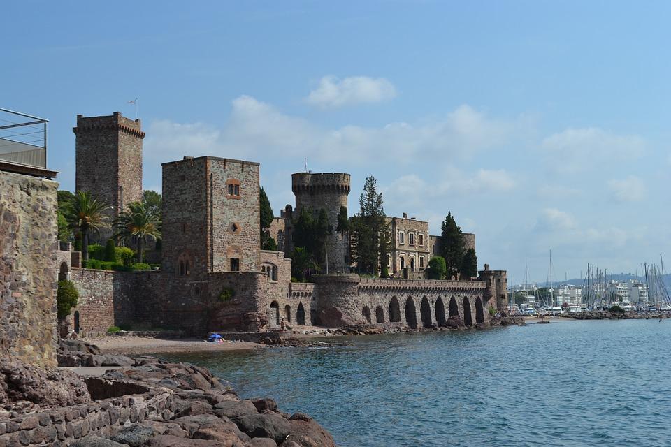 Dans la baie de Cannes, découvrez l'Oasis Raimbault