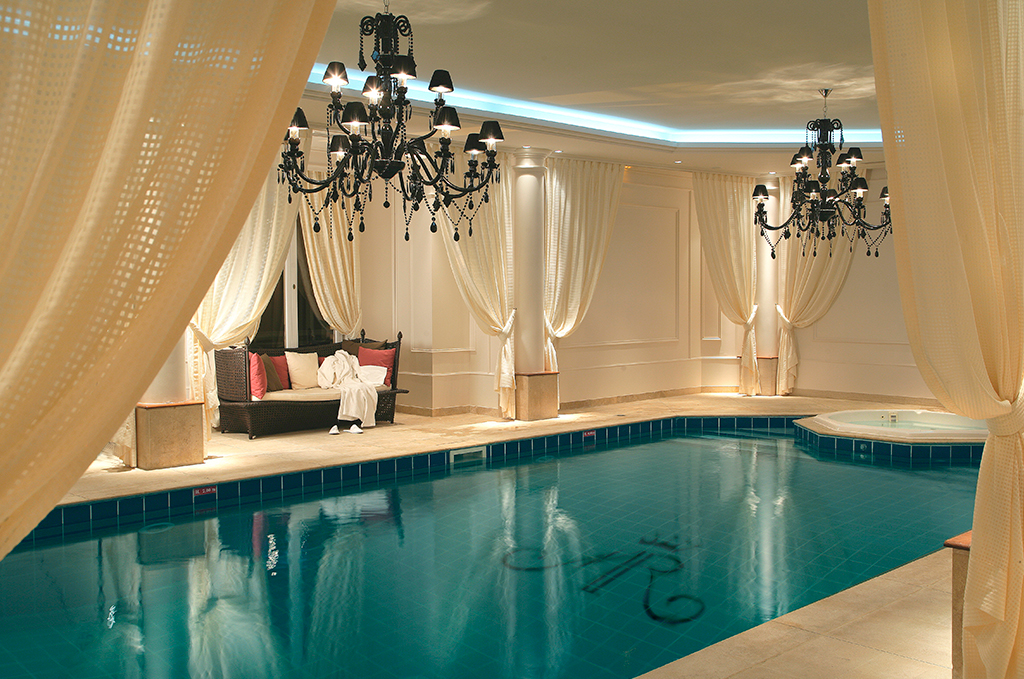 Piscine hotel mont royal chantilly